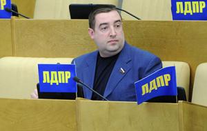 Депутат предложил заселять опустевшие российские деревни китайцами