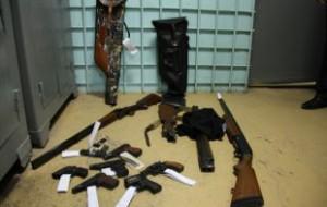 Москвича задержали по подозрению в переделке и продаже оружия