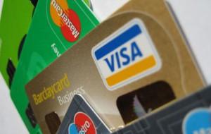 Аксенов пообещал за полгода найти альтернативу Visa и MasterCard