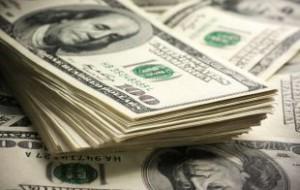 Доллар вырос до 62 рублей