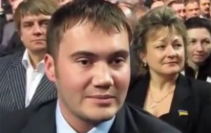 Александр Янукович: брата похоронили в Крыму