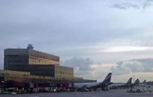 Пассажирский А320 вынужденно приземлился в Шереметьево