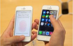 Apple снижает цены на iPhone в России