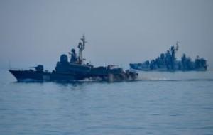 Финские моряки забросали гранатами неизвестный подводный объект