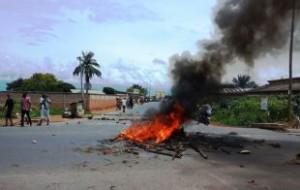В Бурунди снова начались уличные беспорядки