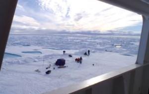 Впервые за 30 лет ВМФ России отправит экспедицию в Арктику