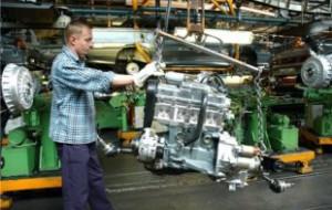 АвтоВАЗ вновь запустил конвейер после краткосрочного простоя