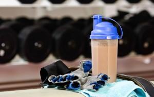 Эксперты определили необходимую порцию белка для мужчины после тренировки