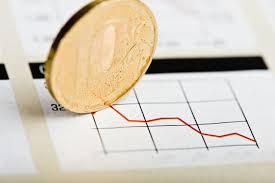 Курс евро превысил 73 рубля впервые с середины февраля