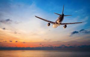 Медведев поручил подготовить ответ Киеву на санкции против авиакомпаний