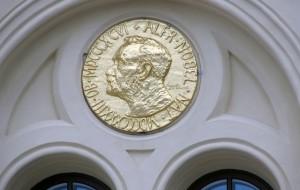Нобелевскую премию по химии присудили за исследование восстановления ДНК