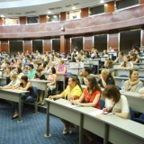 Почти сто российских вузов лишились в этом году аккредитации