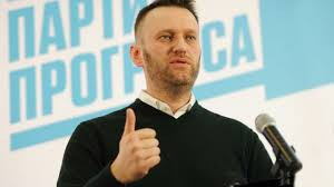 В отношении Навального возбудили дело за побег от судебного пристава