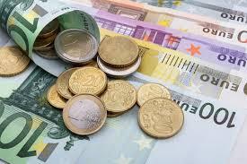 Доллар подорожал до 62 рублей