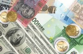 Официальный курс евро вырос до 69,34 руб