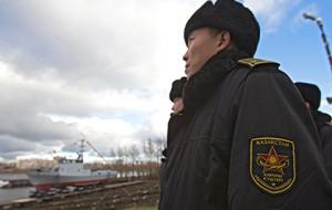 Казахстанские банкиры займутся борьбой с самоубийствами в армии