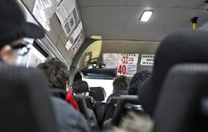 Пассажирам маршруток запретят платить на ходу и высаживаться вне остановок
