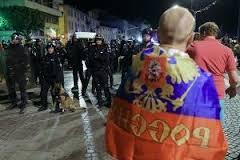 В Марселе отпустили 11 российских болельщиков