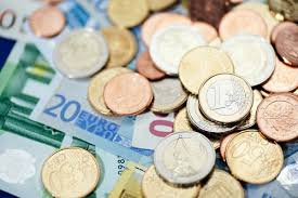 Курс доллара в четверг вырос на 14 копеек