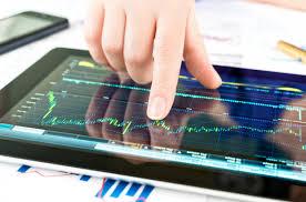 Индекс РТС снижался на открытии биржевых торгов в пятницу