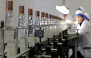 Путин утвердил повышение акцизов на бензин, табак и алкоголь