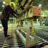 Цена на медь снижается на укреплении доллара