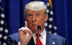Демократы заявили о намерении помешать старту администрации Трампа