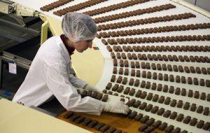 Четверть российского шоколада оказалась не шоколадом