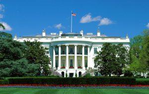 Белый дом допустил повторение удара по Сирии в случае новых химатак