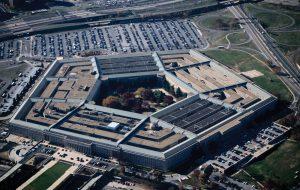 Глава Пентагона призвал смириться с гибелью населения в Ираке и САР
