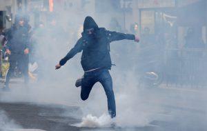 В Европе участие в несанкционированных властями протестных акциях может дорого обойтись