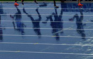 Восемь российских легкоатлетов допустили к стартам под нейтральным флагом