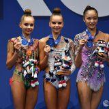Аверины вне конкуренции: первый день ЧМ по художественной гимнастике в Пезаро