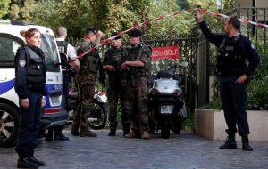Шестеро военных пострадали во время наезда авто во Франции