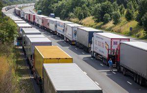 На дорогах Великобритании появятся колонны беспилотных грузовиков