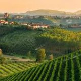 Итальянский городок приглашает туристов для объяснения в любви