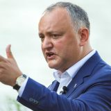 Президент Молдавии Игорь Додон обещал заблокировать упоминание в конституции курса на евроинтеграцию