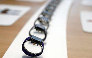 Верховный суд России освободил Apple Watch от таможенной пошлины