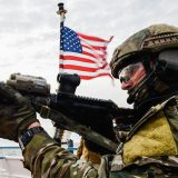 На чьей стороне США воюют в Сирии?