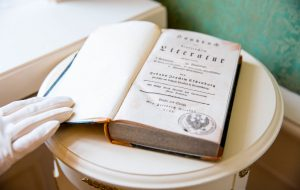 В Царское Село вернулась книга, похищенная во время Великой Отечественной войны
