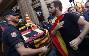 Во вторник парламент Каталонии решит, признавать ли итоги референдума о независимости