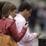 Ученые: стресс и депрессия делают людей зависимыми от смартфона