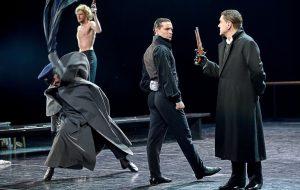 Театр имени Вахтангова представляет постановку «Горячее сердце»