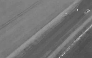 Полицейский дрон помог найти замерзающего после аварии человека