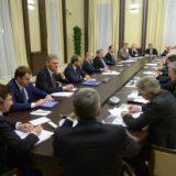 Путин сравнил условия бизнеса в России и Франции