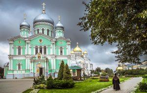 Знаменитый Дивеевский монастырь вернёт свои здания