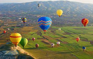 На воздушных шарах в Каппадокии полетят 450 тыс туристов