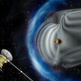 На Сатурне обнаружены полуденные полярные сияния
