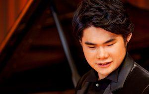 Японский пианист Нобуюки Цудзи выступит на фестивале «Звезды белых ночей»