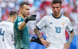 Смолов и Акинфеев не вошли в состав сборной России на матчи с Чехией и Турцией
